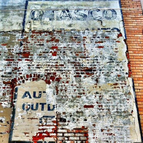 mollyblock:  Today, in Corsicana, Texas: Ghost signs, brick porn, extreme heat. (Taken with Instagram at Corsicana, Texas)