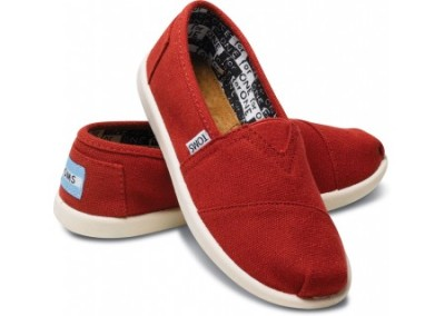 Red Canvas Youth Classics ($38) @ TOMS Tip for TOMS shoes:  If you wear a women's size 8.5 or smaller, you can get away with wearing TOMS for kids! I normally wear a 7.5 shoe (probably size 7 womens for TOMS), but I can wear a kids size 5 in TOMS. Not only are the kids sizes much cheaper, but they're also constructed better (go figure). The shoe is better structured (less floppy), and the sole is actual rubber and holds up for much longer than the adult sole.