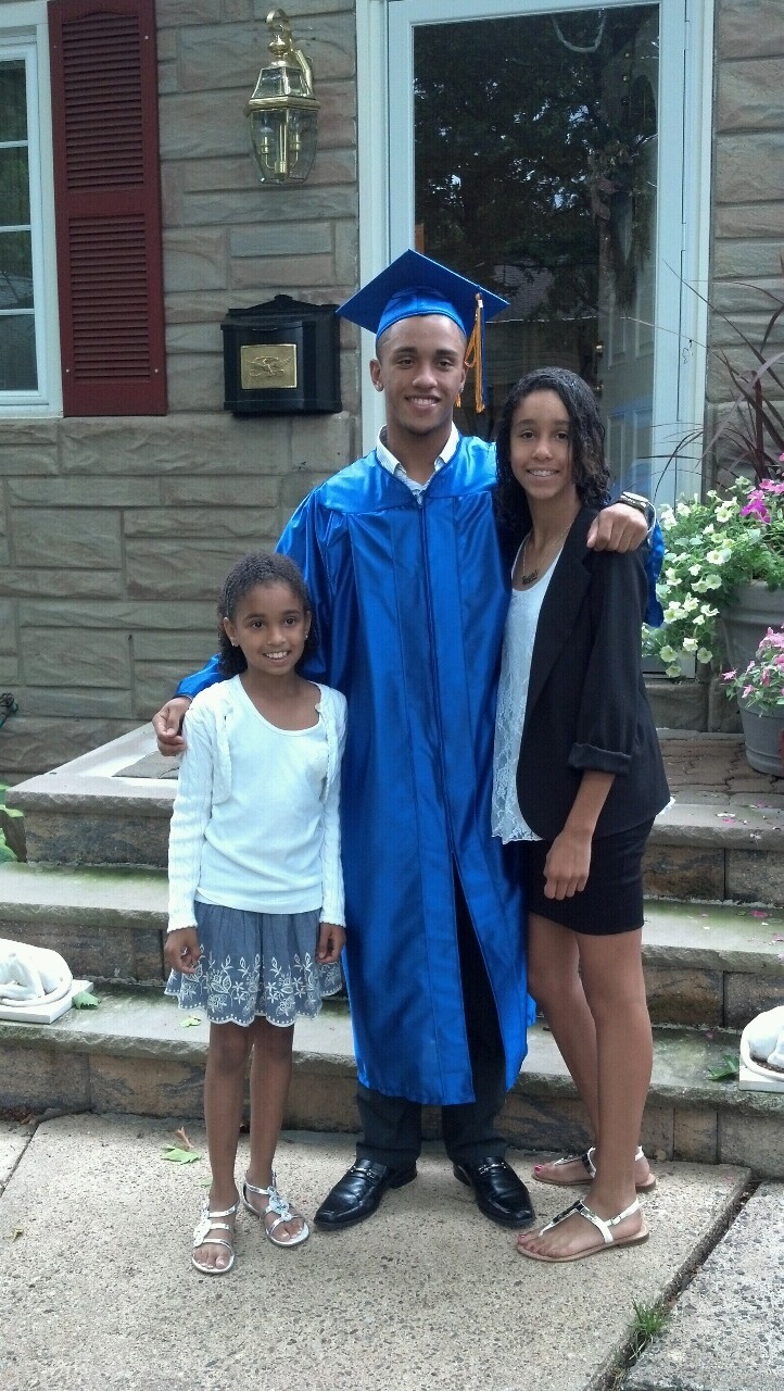 Can u believe it? My brother is graduating high school today! My big brother who i fought with and had good times with is leaving us. I love you De.