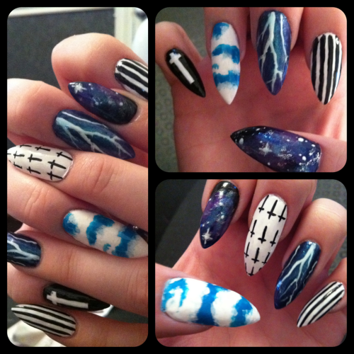 leatherglitzglam:  Newest nails, inspired by blackmilk clothing.