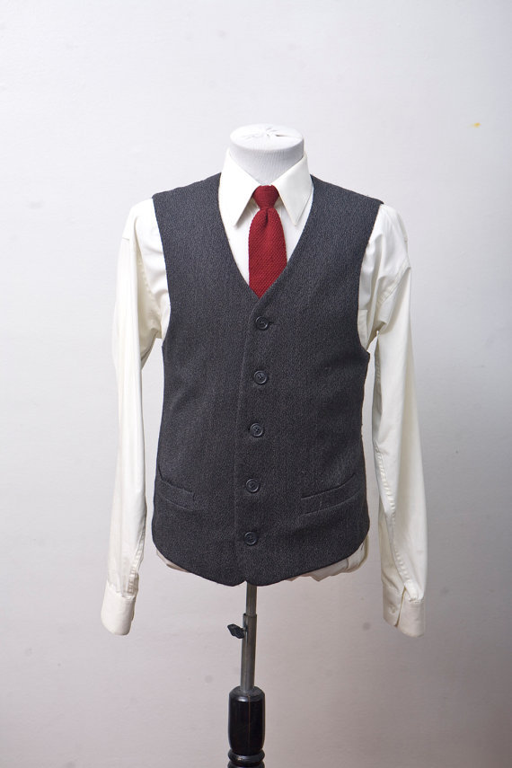 (via Size 42 Vintage Men's Grey Vest by BrightWall on Etsy)