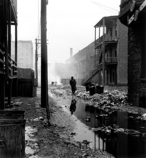 Wayne Miller Walking Through Alley, 1946-48