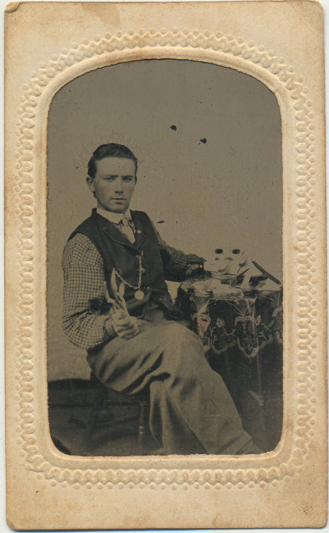 tuesday-johnson:  ca. 1860-80's, [occupational tintype portrait of a silversmith with his tools, showing off a few spoons] via Crow Creek Unique, Etsy