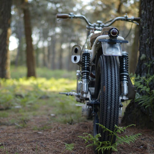 (via Ducati Road 350 by El Solitario)