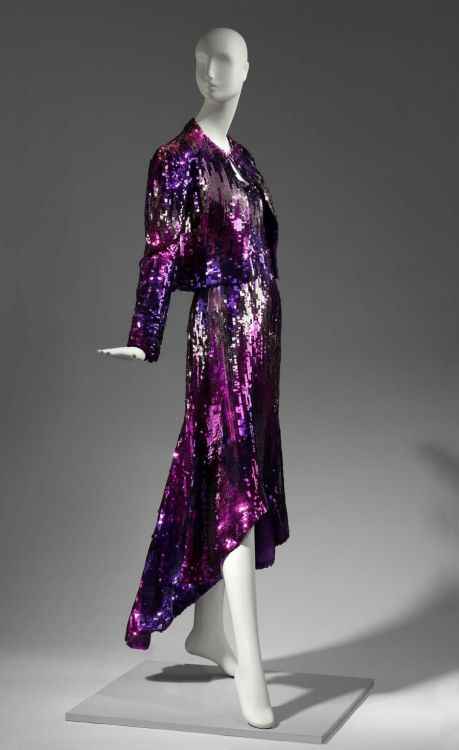 omgthatdress:  Hot Jazz Arnold Scaasi, 1980 The Museum of Fine Arts, Boston