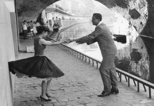 theniftyfifties:  Rock 'n' Roll dancers, Paris, 1950. Photo by Paul Almasy.