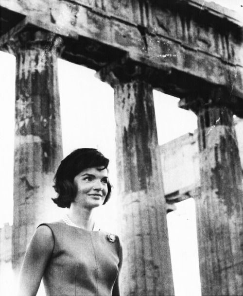 youngfirstlady:  Jacqueline Kennedy at the Parthenon on the Acropolis in Athens, Greece.