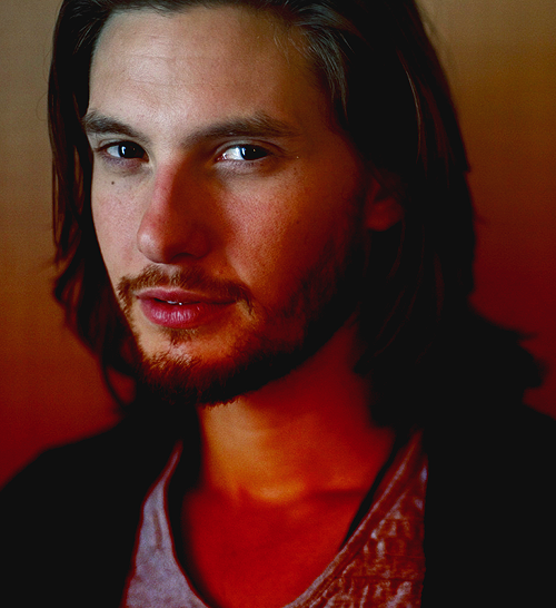 GAWAIN MARSECOT | TWENTY TWO | BEN BARNES | PLAYED BY LYNNIE