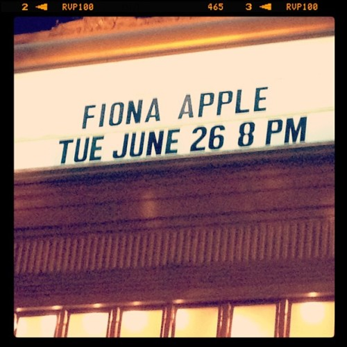 Amazing show. I love her. (Taken with Instagram at Warner Theatre)