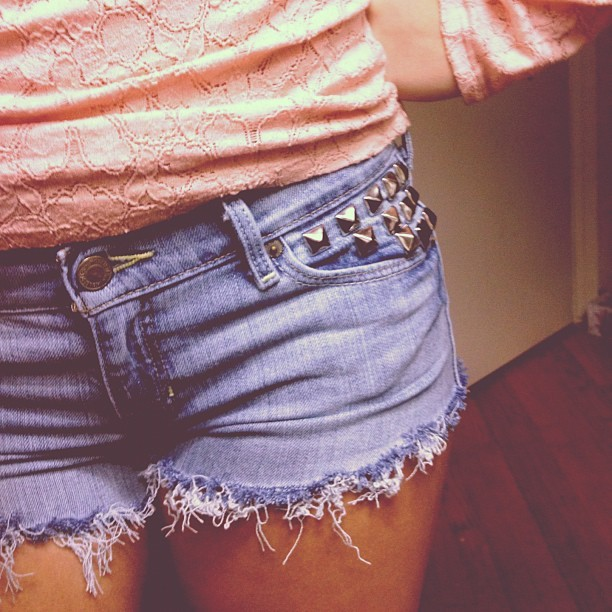 When you grow old your heart dies. #studded #shorts #studs #lace #denim #cutoff  (Taken with Instagram)