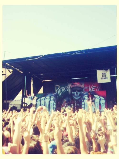 #warped tour #pierce the veil #rock #concert #experimental #post-hardcore