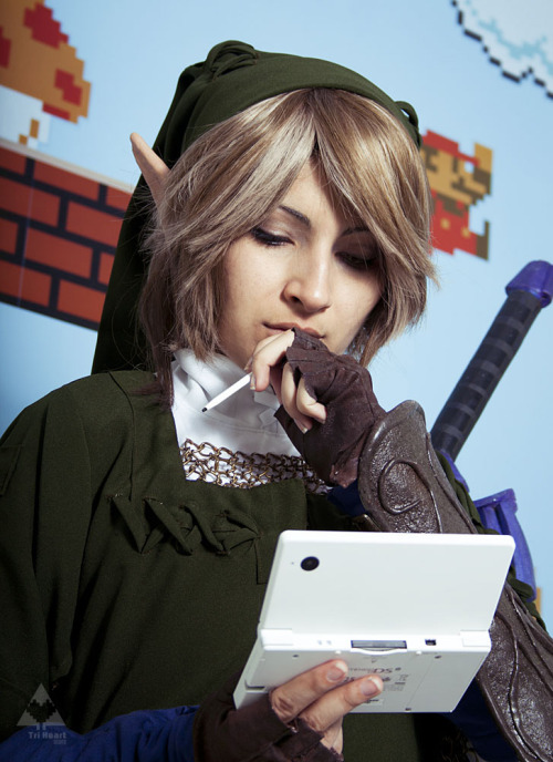 Link from Legend of Zelda  Cosplayer: Suzuki (Tri-Heart)Photographer: Eyes (Tri-Heart)