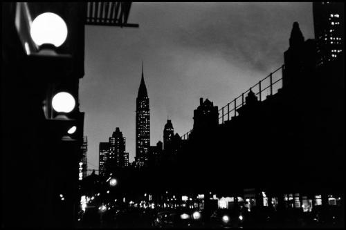 bygoneamericana:  Evening scene with the Chrysler Building. New York, 1955. By Elliott Erwitt