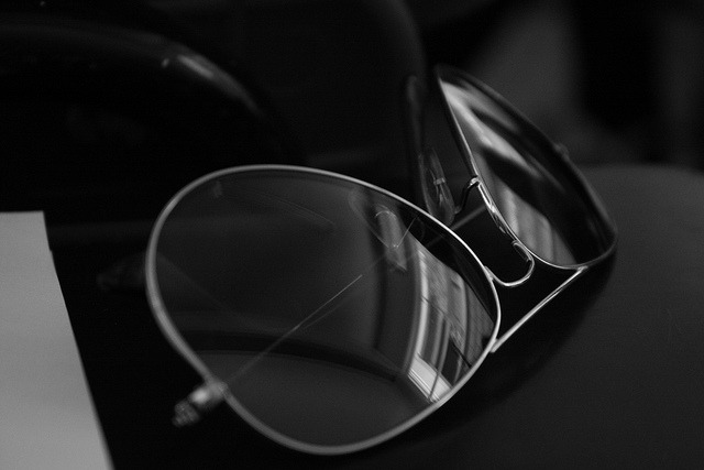 n-eye-gee:  Raybans by AFRS02