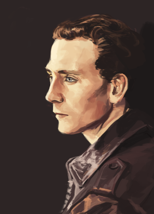quick-ish tom hiddleston?? ref here