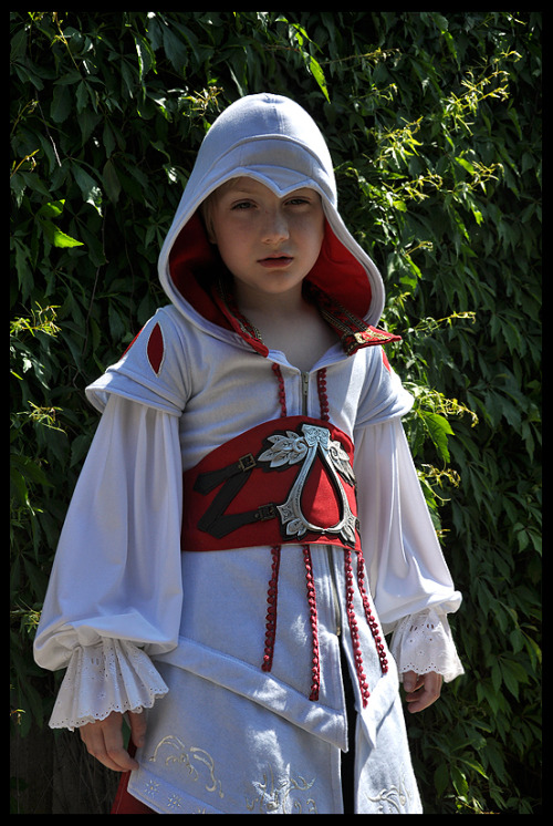 Lil' Ezio Now let's take a moment to admire that perfect little hood. -AFK