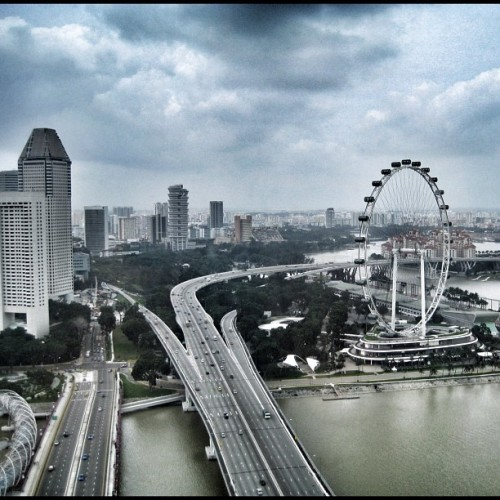 Welcome to Singapore! ;-) #Singapore #EastCoast #Expressway #SingaporeFlyer #waterfront #gf_Singapore #instagrammers #statigram #instagramhub #Instamood #iphoneasia #sgig #igers #webstagram #sginstagram #instagramsg #gang_family #gf_daily #photooftheday #picoftheday #allshots #instawow #instagold  (Taken with Instagram)
