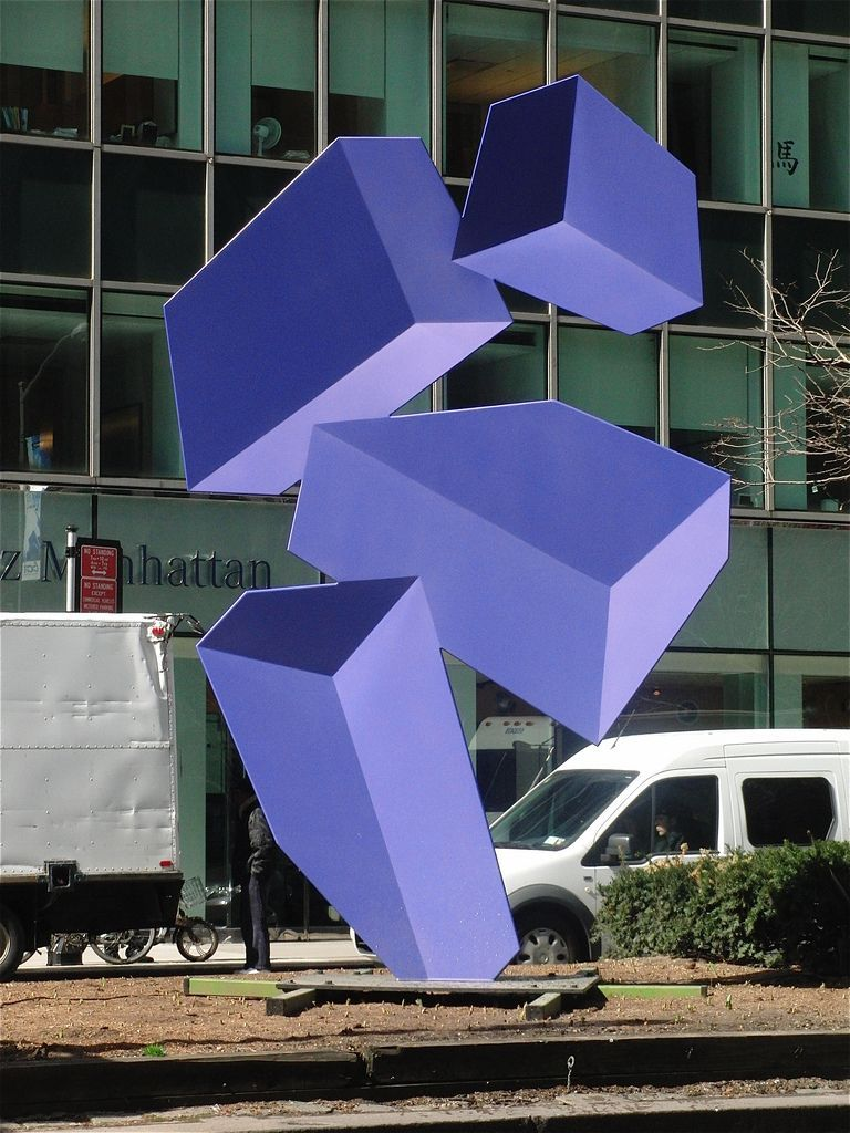 polychroniadis:  Street sculptures in New York by Rafael Barrios.