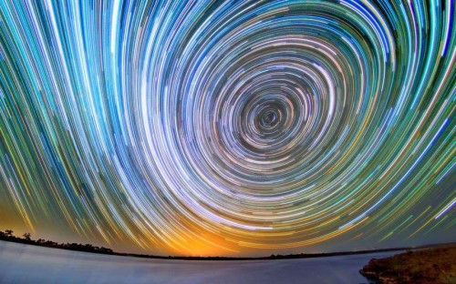 inothernews:  STREAK SHALL INHERIT THE EARTH   A long-exposure photo shows the Milky Way over the Australian outback.  (Photo: Lincoln Harrison / Caters via The Telegraph)
