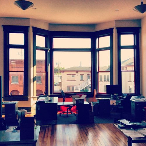 The badass view from @ekan's desk.  (Pris avec Instagram à RedPost World Headquarters)