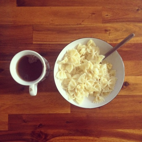 dreamtime tea with butter and cheese pasta! (Taken with Instagram at Home Sweet Home)
