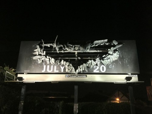Clever billboard for The Dark Knight Rises. (via THEINSPIRATION)