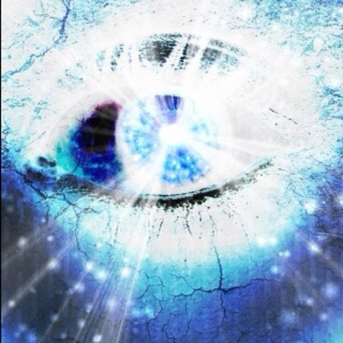 #amazing #eye #eyes #blue #beauty #believe #beautiful #love #lovely #awesome #dream #yolo #weareyoung (Tomada con Instagram)