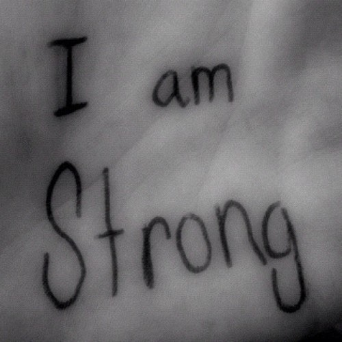 #staystrong #iamstrong #live #love #laugh #lovely #musica #music #note #cool #cute #cuzican #s#amazing #awesome #dream #dontgiveup #fun #foreveryoung #party #ig #yolo #weareyoung #quote  (Tomada con Instagram)