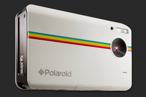 huhmagazine:  Polaroid unveil the Z2300 instant digital camera