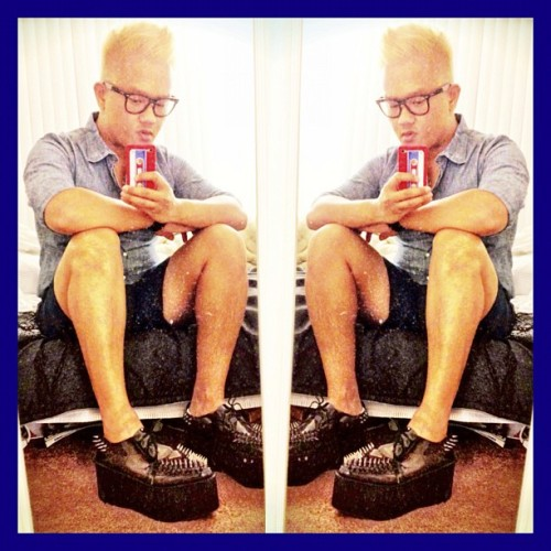 Luv my #jeffereycampbell #stingerspikes!  #flatforms #platforms #instagay #gay #gayboys #gayboys #spikes #solestruckultimateshoe #solestruck #fashion #pop #instafamous (Taken with Instagram)