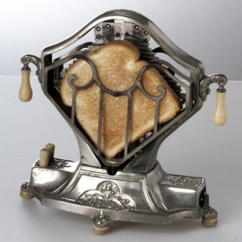 sombreboite:  Toaster of 1920s