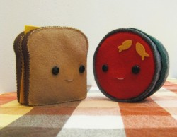 mymorningcoffeee:  A classic pair. Handsewn grilled cheese & tomato soup by SteffBomb. I can't get enough of the goldfish crackers in the soup!