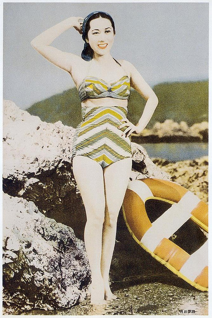 "Bathing beauty, 1950-1970 on Flickr.  Click image for 668 x 1000 size. Scanned from Taschen's ""Japanese Beauties""."