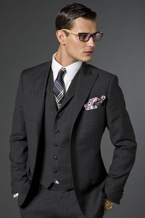 ilovemeninsuits:  This reminds me of what I see when I walk down Fifth Avenue. Yummy.  You mean you see dudes needlessly wearing tie bars with vests, overly low rises pants and oversized shirt collars?  I would toss up the NTB signal, but I might cry when met with silence.