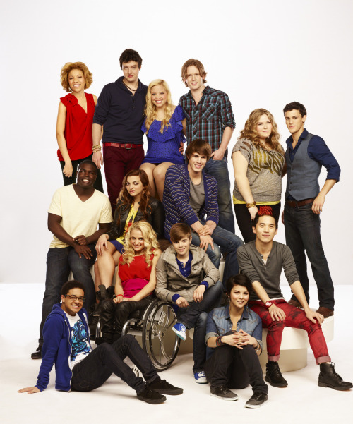 Want to meet your favorite contender from The Glee Project? Enter the Superfan Search sponsored by Neutrogena Naturals: http://bit.ly/TGPSuperfan  Which contender would YOU love to meet?