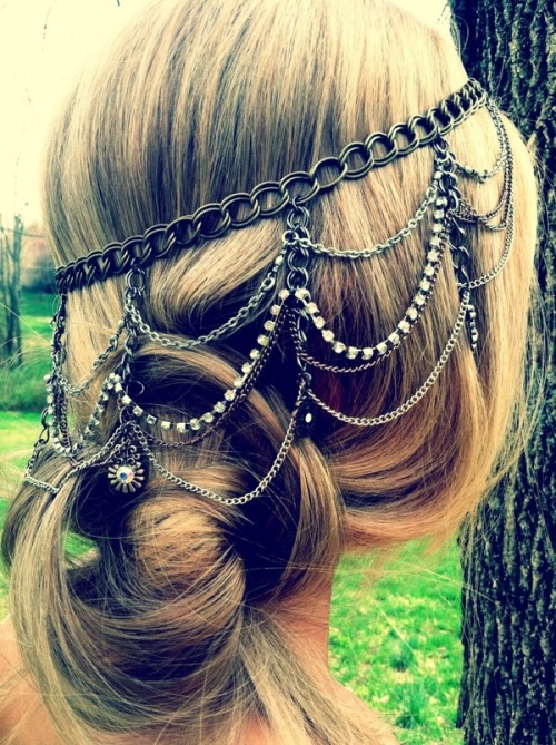 hair chains, hmm..