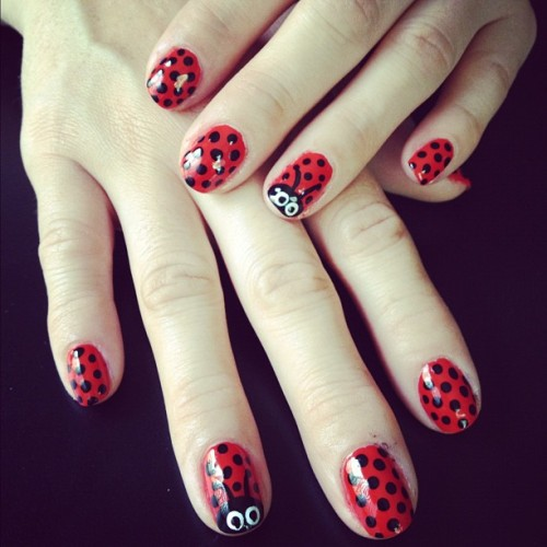 #red & #black #ladybug #nailart #polkadots (Taken with Instagram)