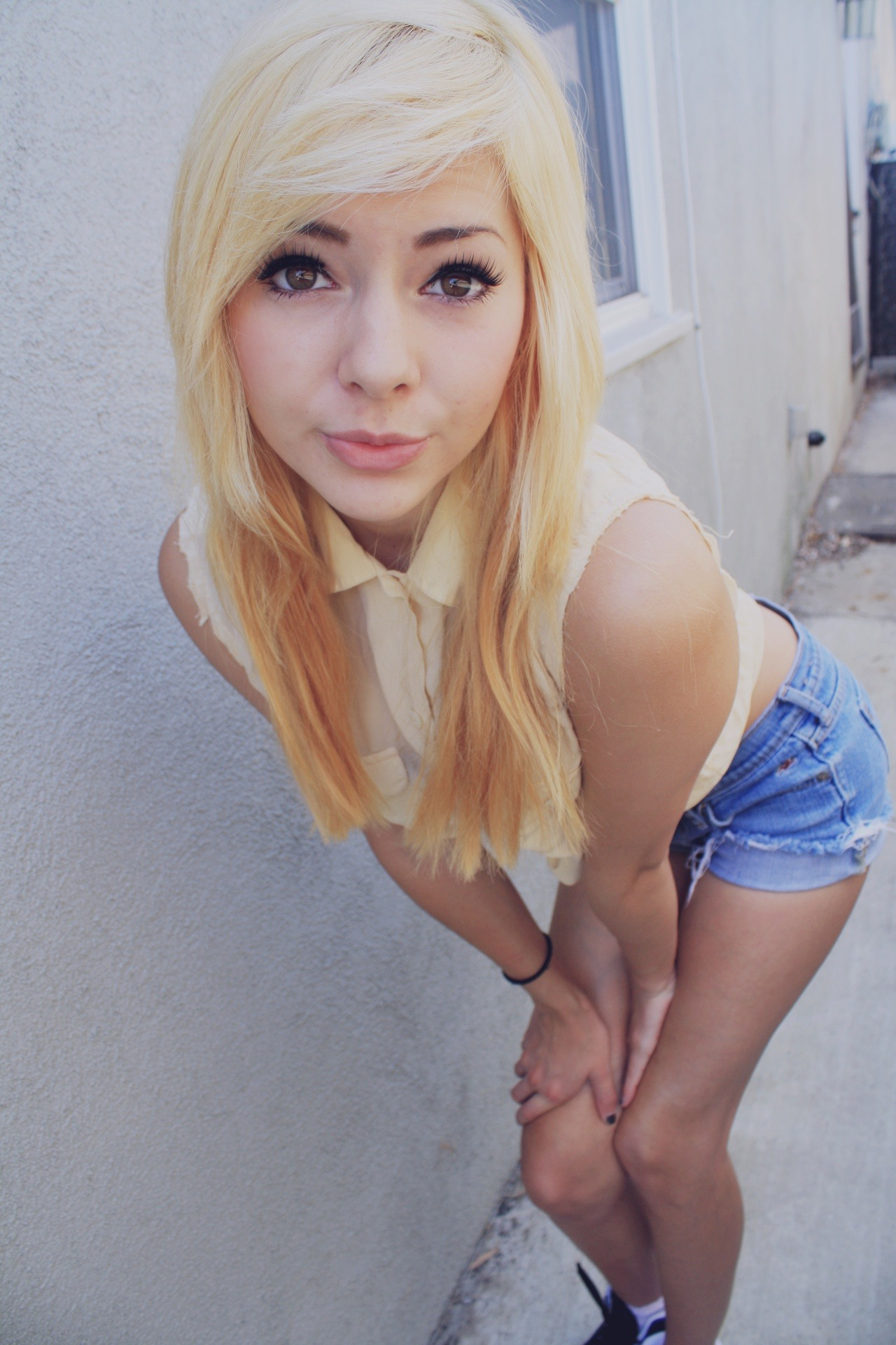 eyesfavecandy:  http://paradices.tumblr.com/  if i went blonde this summer, i would like to be this pretty……pfffft like it would happen