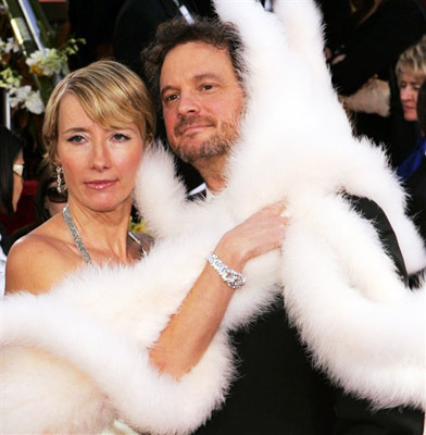 Emma Thompson apparently brings a boa and Colin Firth as accessories on the red carpet. I approve of this fashion trend, oh yes. (Pictures from the Golden Globes 2006.)