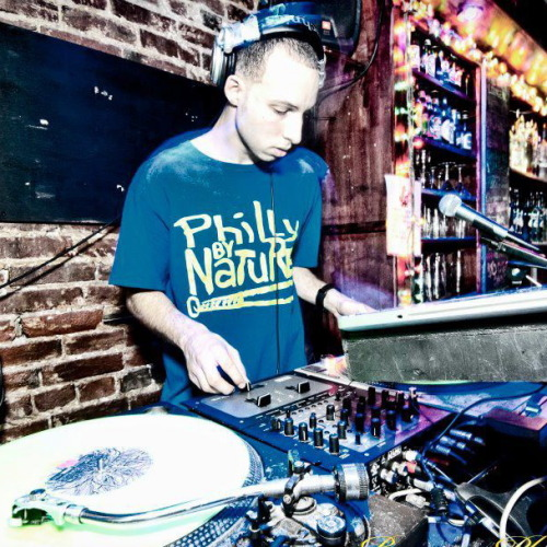 "Guest DJ Profile: DJ Dav Some people might be quick to (mis)label DJ Dav as a ""new jack,"" but find yourself at one of his nights with a blindfold on, and you'd assume the DJ you were hearing had been doing his thing for years.  DJ Dav is a young guy with a deep knowledge of music and a natural understanding of how to move a crowd. He keeps busy in Philly with residencies at Rouges Gallery Bar, the Proper Panda party at Voyeur Nightclub and the Philadelphyinz' monthly party Hot Mess at Silk City.  DJ Dav's love and appreciation of the music shines through in his sets. Listen to him cut up some 2012 hip-hop below, and catch him live on July 3rd at Draw Straws."