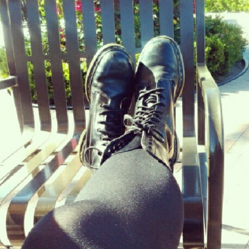 Thought i'd take a picture of my #docs today @ #starbucks since I saw @deaddogleather post (Taken with Instagram at Starbucks)