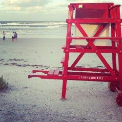 we love the red #popofcolor these lifeguard stands bring to the beach. (Taken with Instagram)