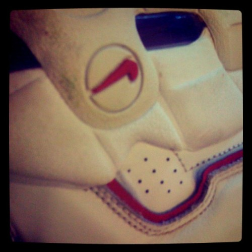 #wdywt #namethatshoe #Nike #basketball #red #white  (Taken with Instagram)