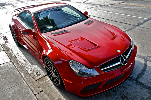 johnny-escobar:  SL65 Black Series via Benjamin  This is HOT in red.