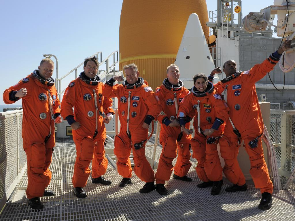astrotastic:  kaiyves:  ponsi-patootie:  The crew of STS-133 goofing off during launch countdown training. goofball astronaut photos are always my favorite. ;u;  Mine, too.  Let's just take a moment to appreciate these people
