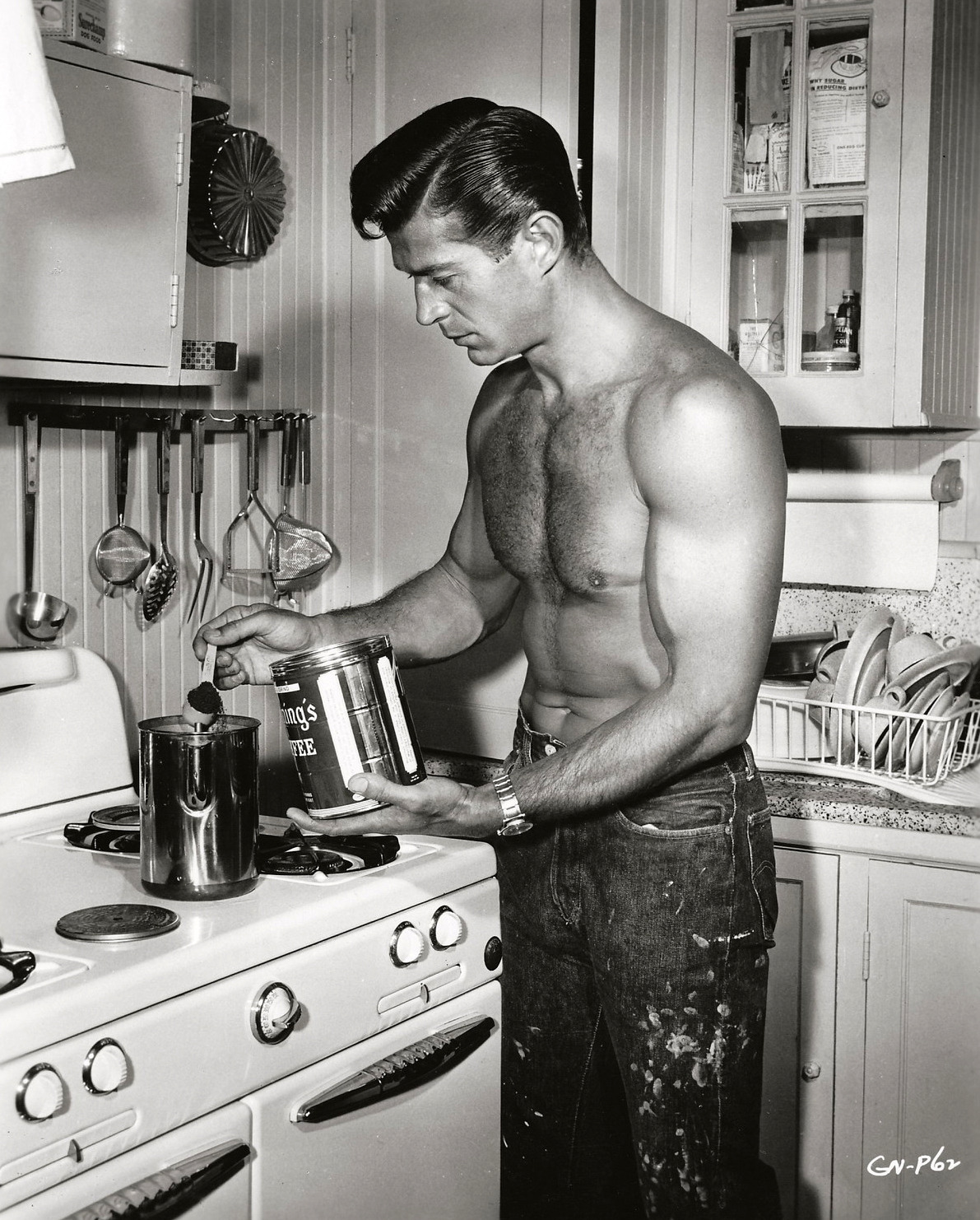 theniftyfifties:  George Nader in the kitchen, 1950s.         I could imagine waking up to this every morning