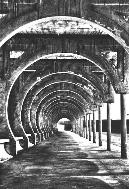 redapplegreenapple:  'corridor of hell' by saud alrshiad  (via imgTumble)