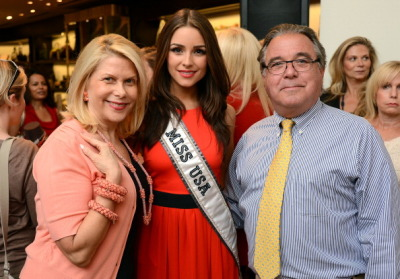 Francine Lefrak, Miss USA 2012 Olivia Culpo and President of Henri Bendel, Chris Fiore attend the Same Sky Ethical Shopping event hosted By Henri Bendel and Francine Lefrak at the Henri Bendel Boutique on June 27, 2012 in New York City (via Francine Lefrak Miss USA 2012 Olivia Culpo And President Of… News Photo | Getty Images AU | 147325637)
