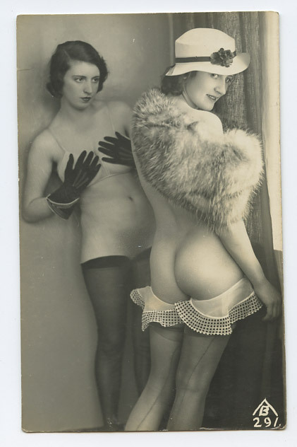 maudelynn:  Biederer naughty glamor postcard