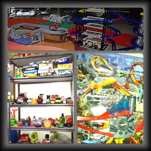 toys toys toys :s #hotwheels #tamiya #cars #toys #racetracks (Taken with Instagram)